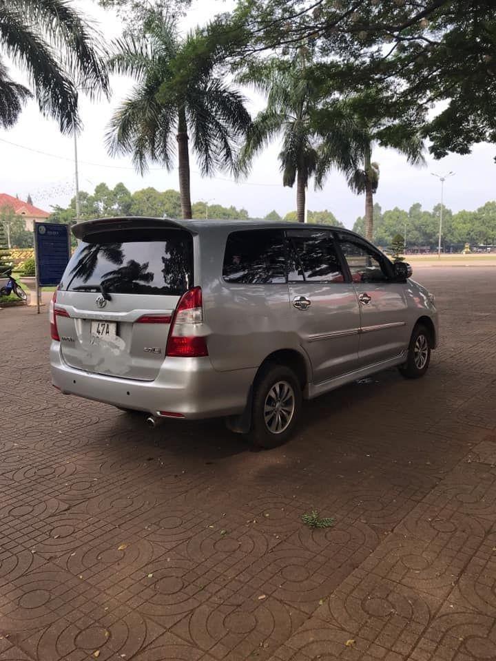 Bán Toyota Innova 2012, màu bạc xe nguyên bản (3)