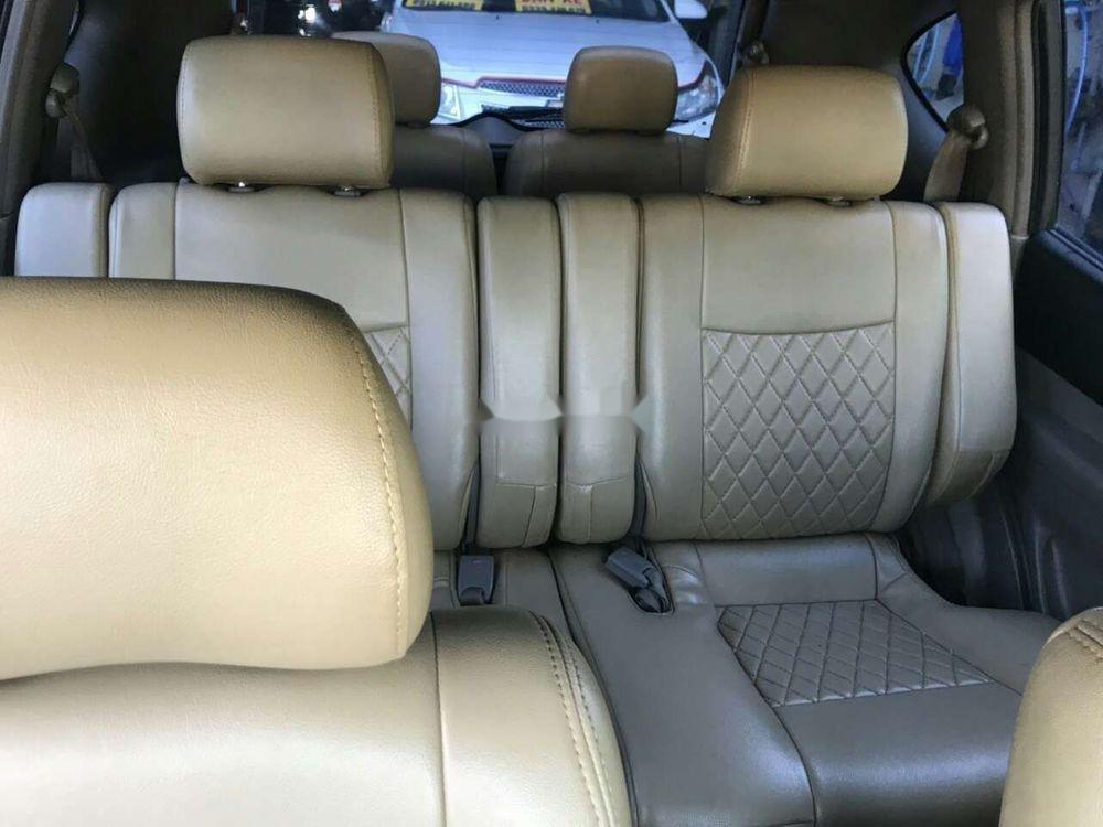 Cần bán xe Chevrolet Vivant năm sản xuất 2010, màu bạc (12)