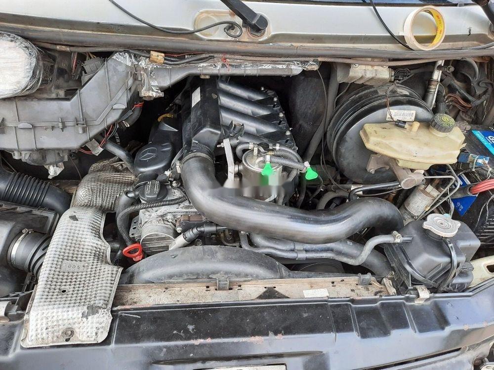 Cần bán lại xe Mercedes năm 2004, màu bạc, nhập khẩu nguyên chiếc chính hãng (8)