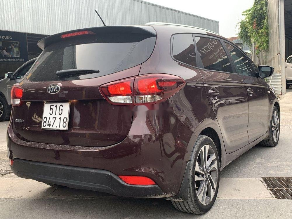 Cần bán lại xe Kia Rondo sản xuất năm 2018, màu nâu xe nguyên bản (3)