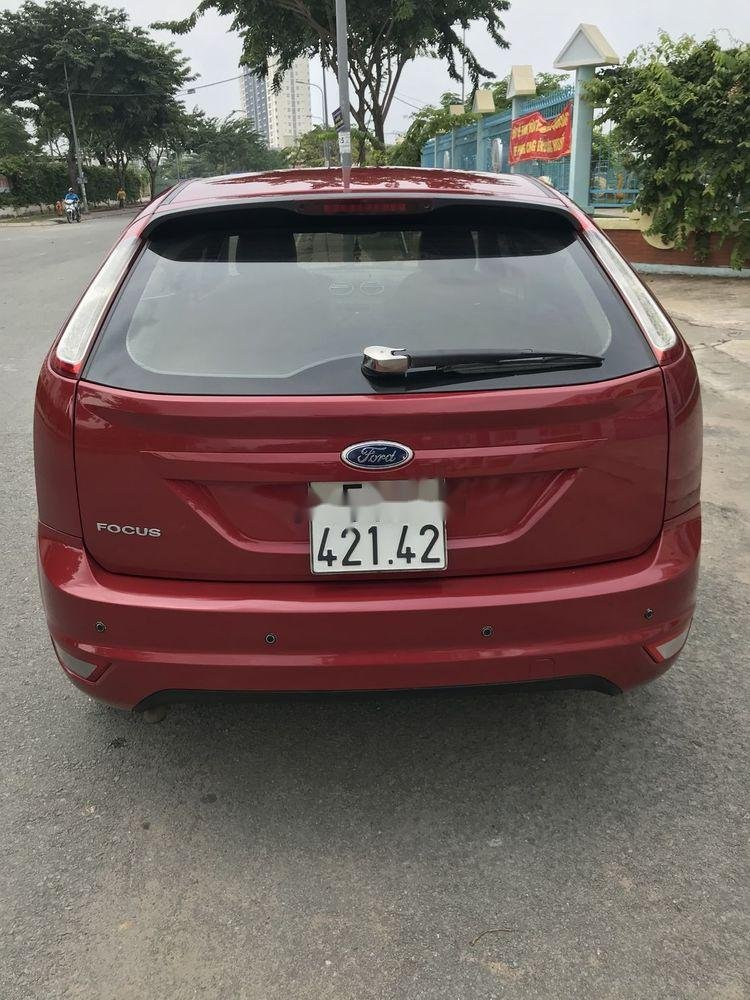Cần bán lại xe Ford Focus 1.8AT năm sản xuất 2010, màu đỏ chính chủ, giá tốt (3)