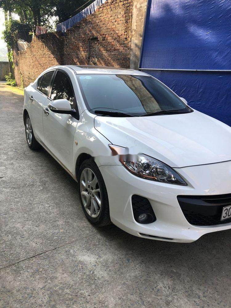 Cần bán gấp Mazda 3 đời 2014, màu trắng xe nguyên bản (2)