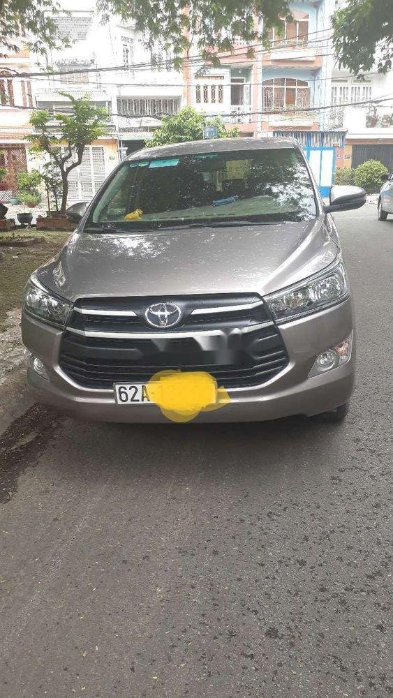 Bán Toyota Innova sản xuất năm 2019, màu bạc, chính chủ, 740tr (2)