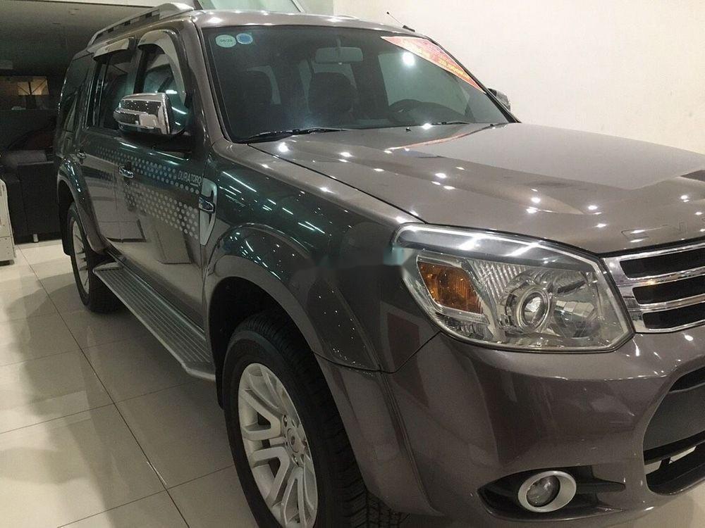 Cần bán xe Ford Everest Limited sản xuất năm 2014, giá cạnh tranh (1)