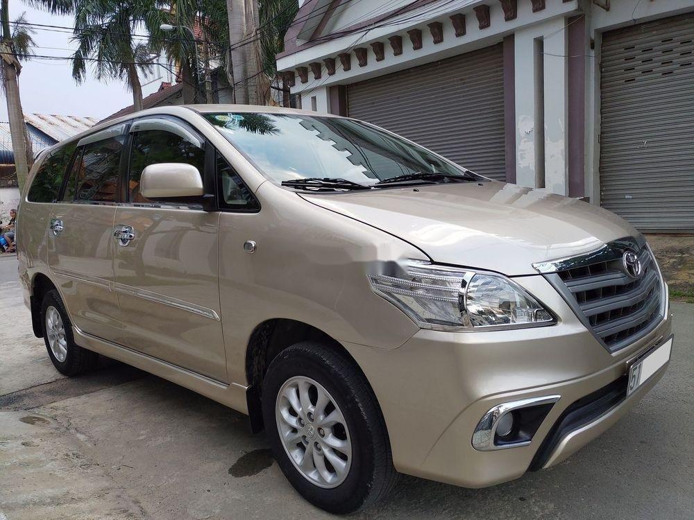 Bán Toyota Innova E sản xuất 2014, giá chỉ 438 triệu (2)