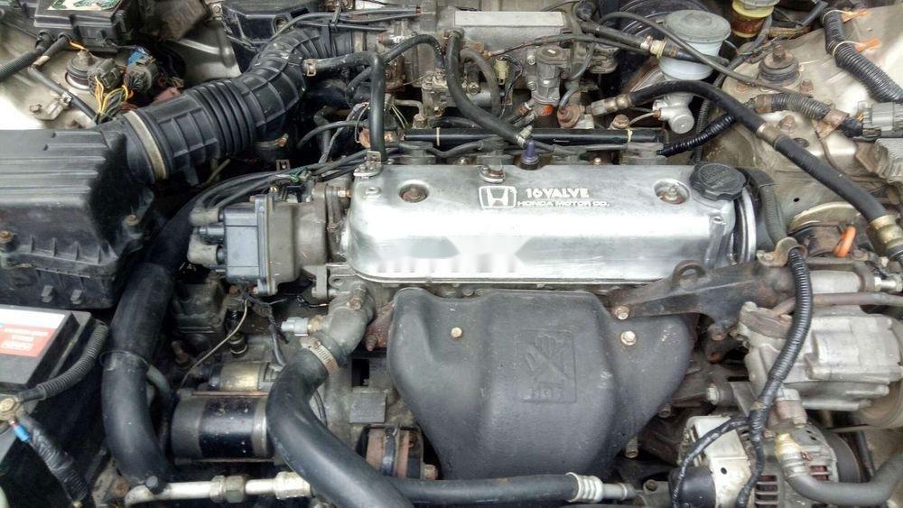 Cần bán gấp Honda Accord đời 1992, nhập khẩu chính hãng (3)