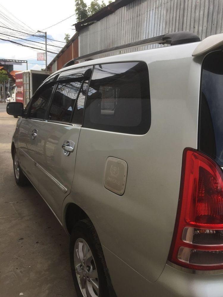 Cần bán Toyota Innova MT năm 2008, xe nhập (4)
