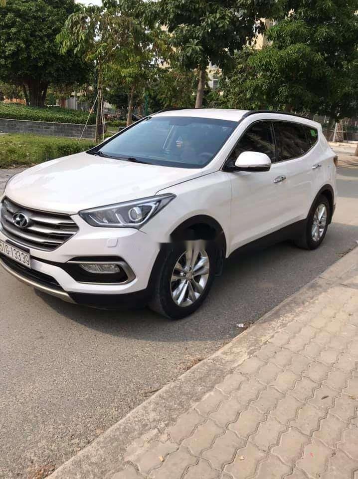 Cần bán xe Hyundai Santa Fe năm sản xuất 2018 nhập khẩu nguyên chiếc chính hãng (2)