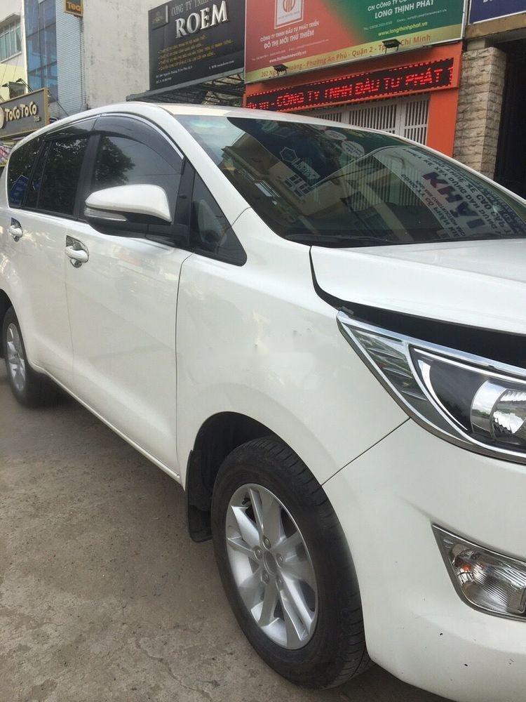 Bán xe Toyota Innova sản xuất năm 2017, màu trắng xe nguyên bản (3)