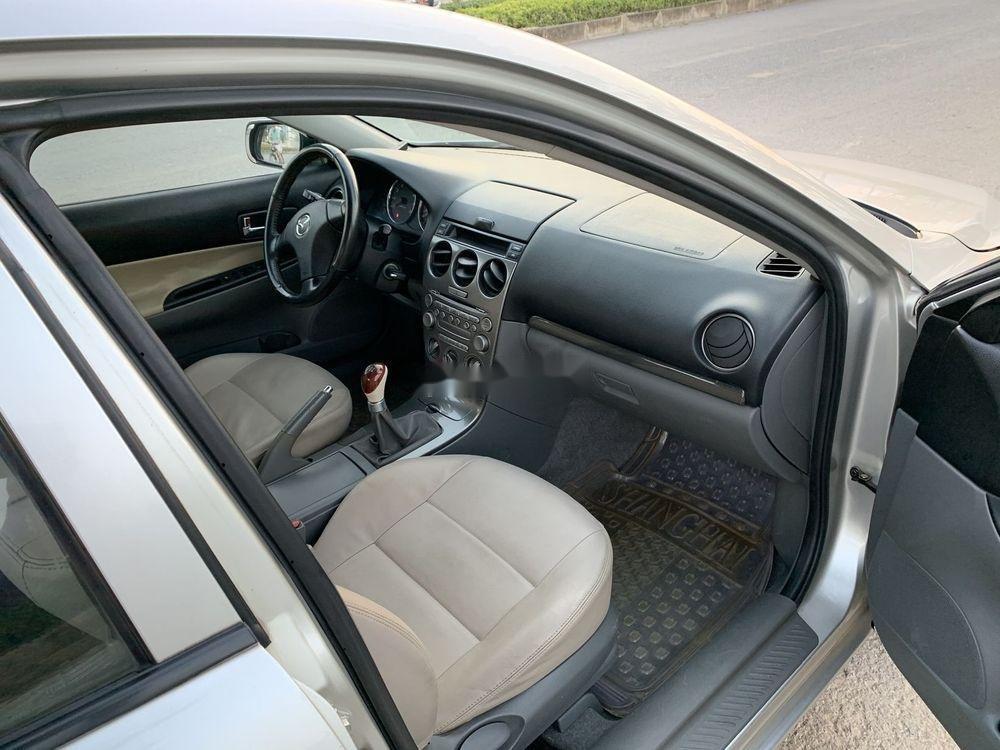 Cần bán xe Mazda 6 2003, màu bạc xe gia đình, giá tốt (6)