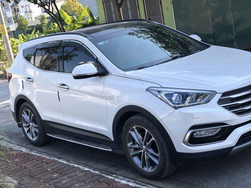 Cần bán lại xe Hyundai Santa Fe đời 2018, màu trắng (1)