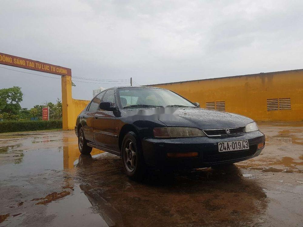 Bán ô tô Honda Accord đời 1996, màu đen, xe nhập chính hãng (5)