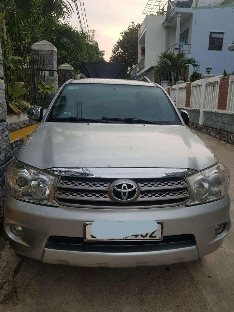 Cần bán lại xe Toyota Fortuner AT 2009 (1)