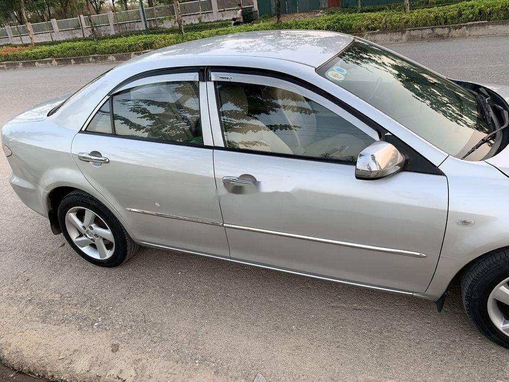 Cần bán xe Mazda 6 2003, màu bạc xe gia đình, giá tốt (5)