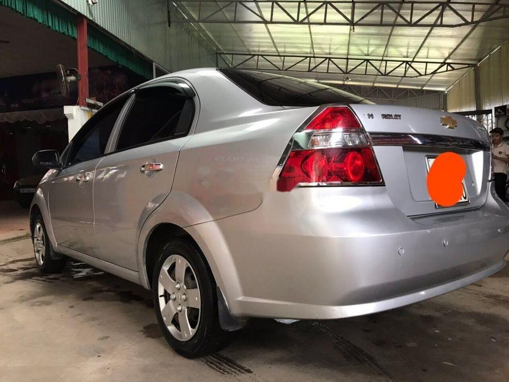 Bán xe Chevrolet Aveo đời 2011, giá tốt (4)