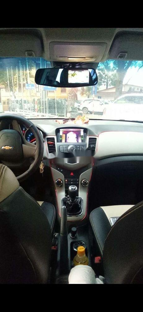 Bán Chevrolet Cruze năm 2011, màu đen, xe nhập chính hãng (5)