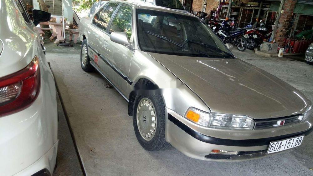 Cần bán gấp Honda Accord đời 1992, nhập khẩu chính hãng (4)
