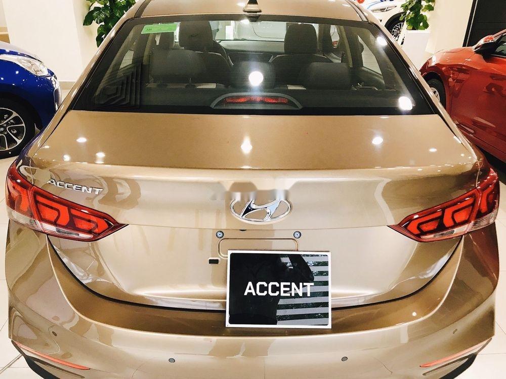 Bán Hyundai Accent sản xuất năm 2019, màu vàng, 425 triệu (2)