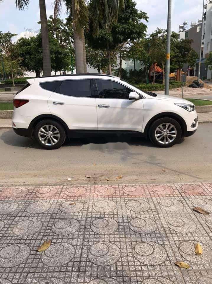 Cần bán xe Hyundai Santa Fe năm sản xuất 2018 nhập khẩu nguyên chiếc chính hãng (3)