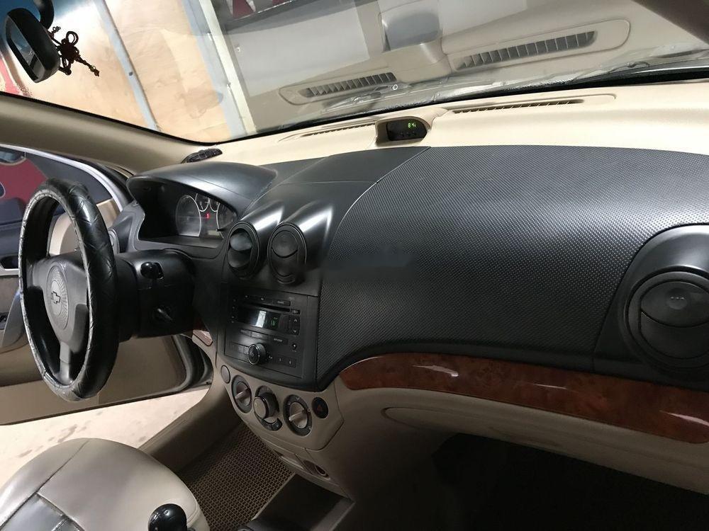 Bán xe Chevrolet Aveo đời 2011, giá tốt (7)