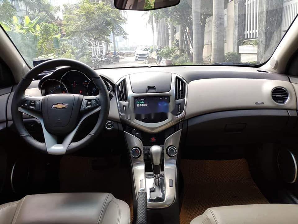 Bán Chevrolet Cruze năm sản xuất 2016, màu nâu xe gia đình, giá tốt xe nguyên bản (6)