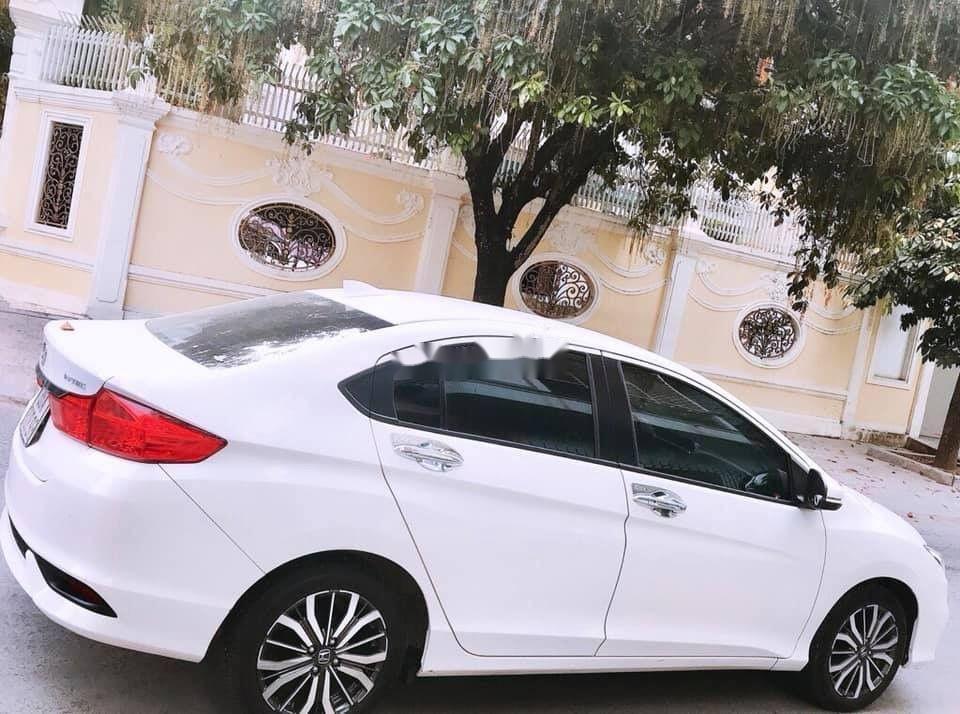 Bán xe Honda City sản xuất 2018, màu trắng xe nguyên bản (1)