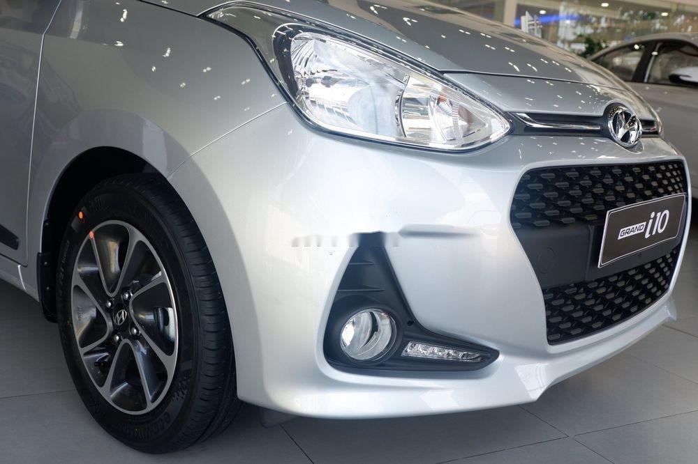 Bán xe Hyundai Grand i10 đời 2019, màu bạc, giá tốt (5)