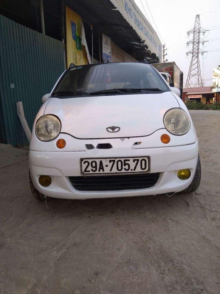 Cần bán Daewoo Matiz đời 2004, màu trắng xe gia đình xe nguyên bản (6)