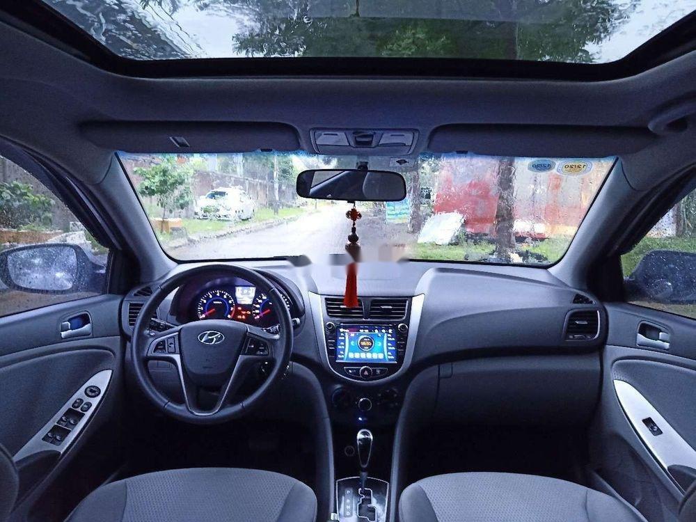 Bán xe Hyundai Accent năm 2015, xe nhập chính hãng (2)
