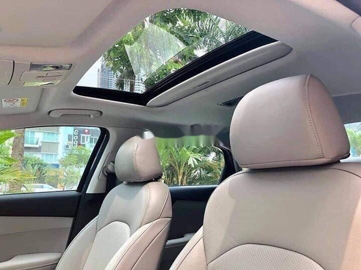 Bán xe Kia Cerato đời 2019, màu đen, giá tốt (10)