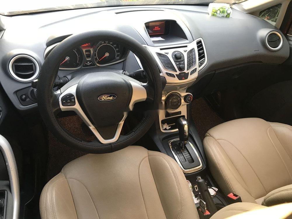Cần bán Ford Fiesta 1.6AT năm sản xuất 2013, màu đỏ, giá 350tr (3)