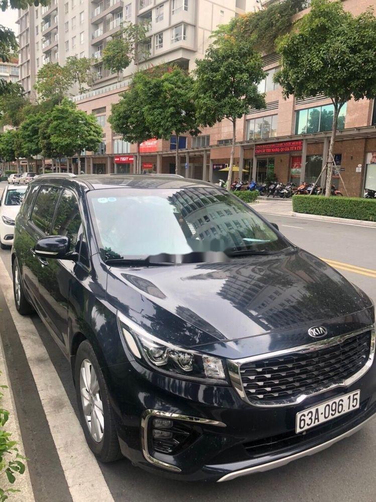 Bán ô tô Kia Sedona năm 2018 xe nguyên bản (1)