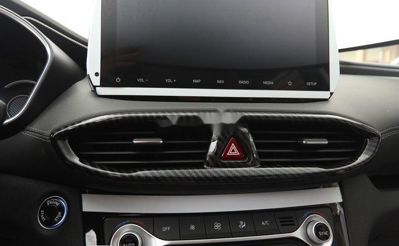 Bán Hyundai Santa Fe năm sản xuất 2019, màu trắng, xe nhập (7)