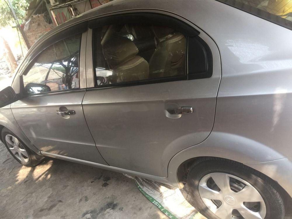 Cần bán lại xe Daewoo Gentra đời 2010, màu bạc (6)