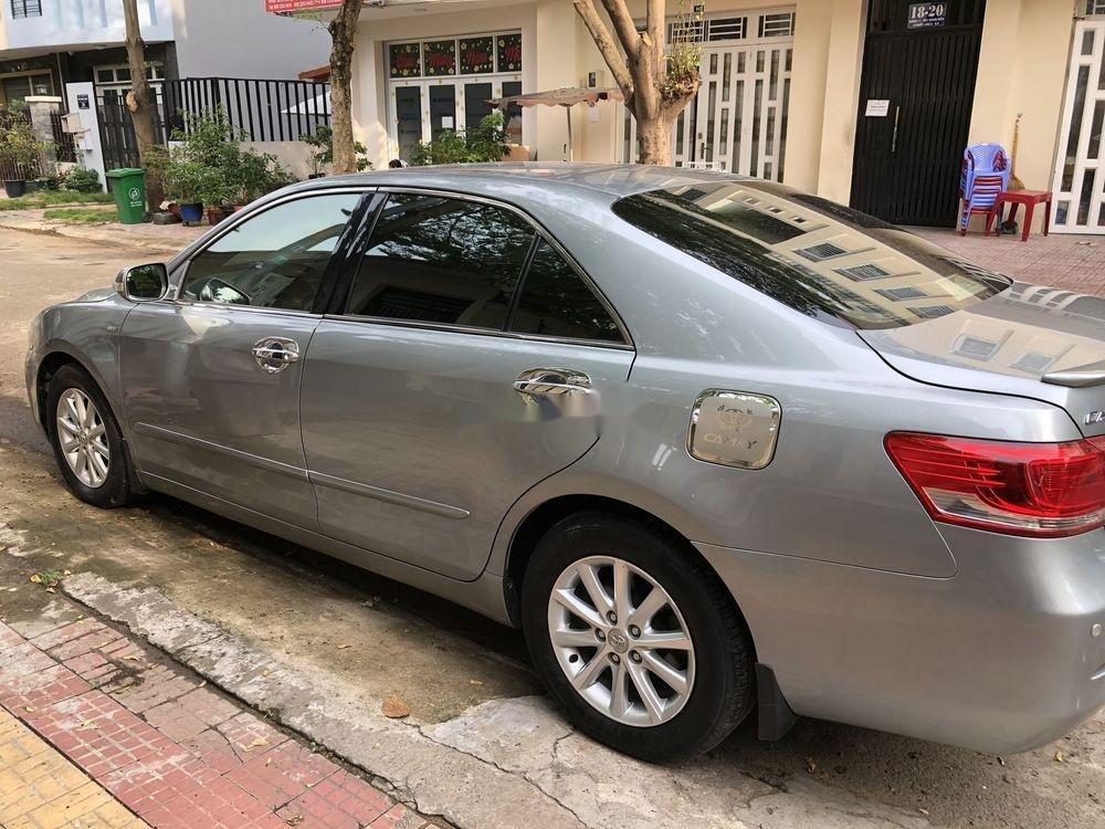Cần bán Toyota Camry đời 2011 xe nguyên bản (1)