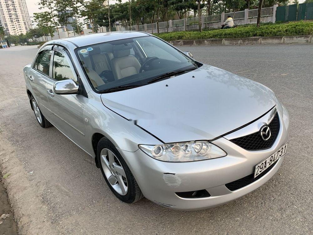Cần bán xe Mazda 6 2003, màu bạc xe gia đình, giá tốt (4)