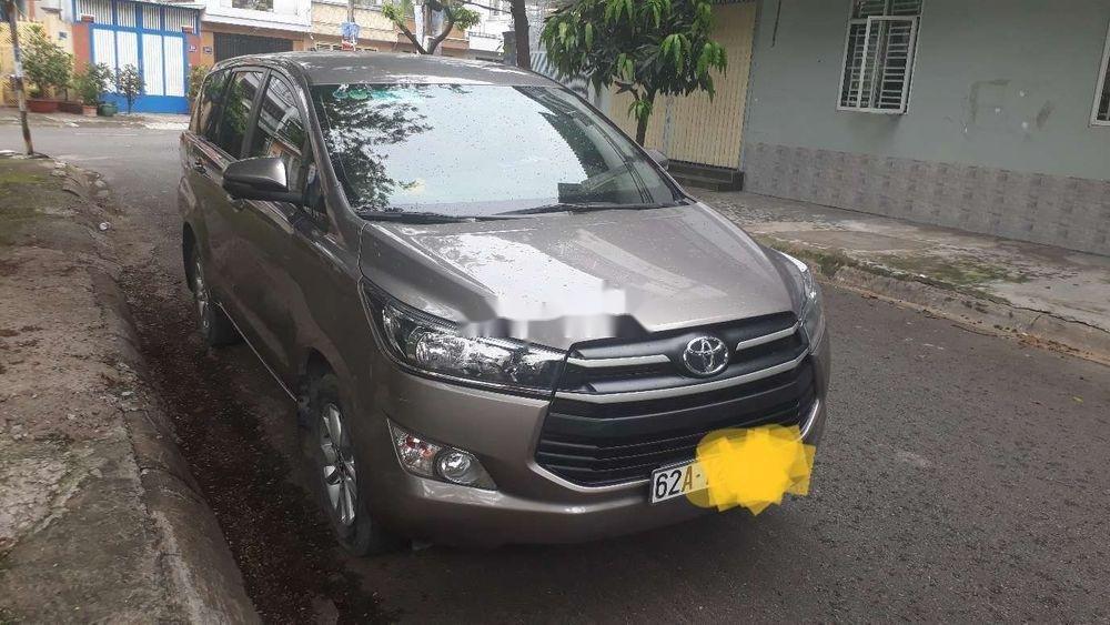 Bán Toyota Innova sản xuất năm 2019, màu bạc, chính chủ, 740tr (3)