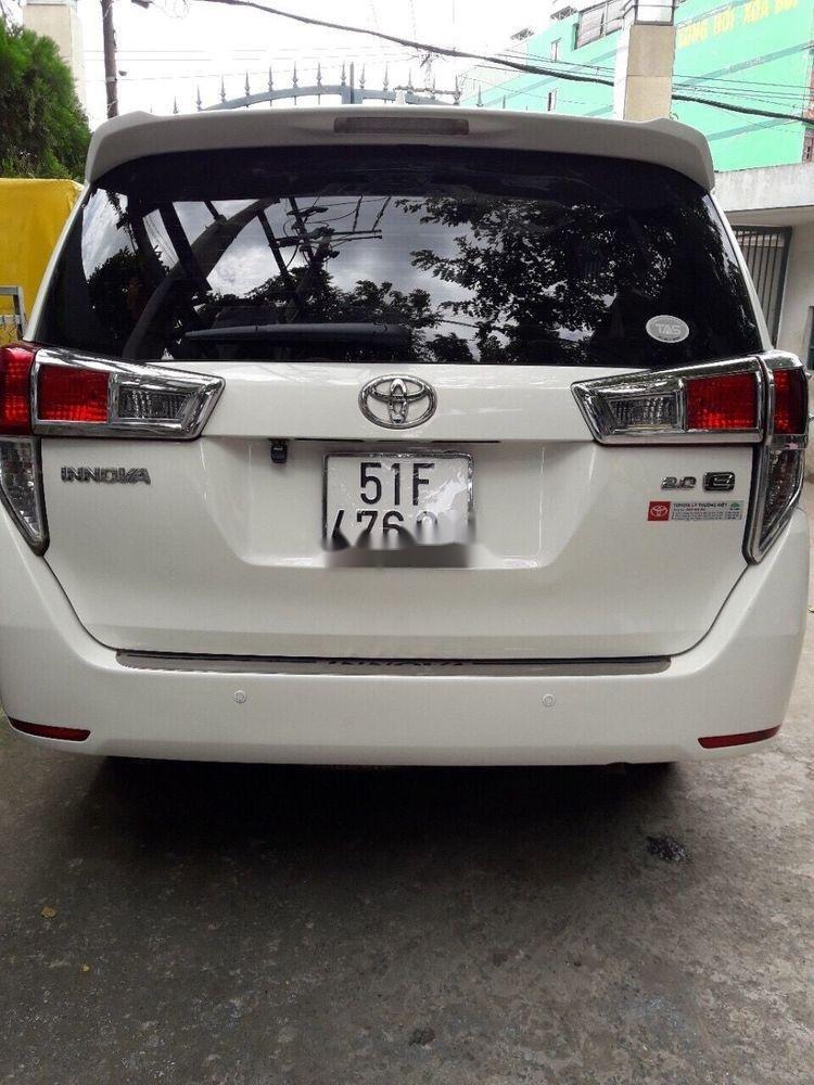 Bán xe Toyota Innova sản xuất năm 2017, màu trắng xe nguyên bản (1)