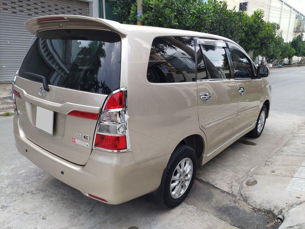 Bán Toyota Innova E sản xuất 2014, giá chỉ 438 triệu (3)