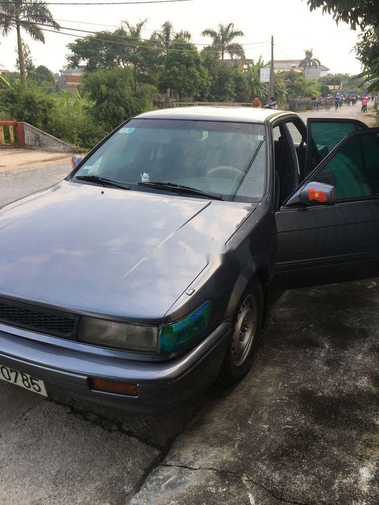 Bán Nissan Bluebird đời 1993, màu xám, nhập khẩu (1)