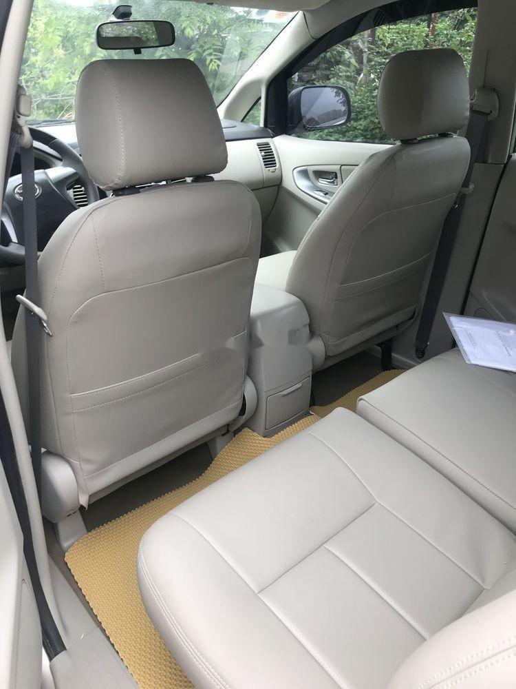 Bán Toyota Innova đời 2013 xe nguyên bản (5)