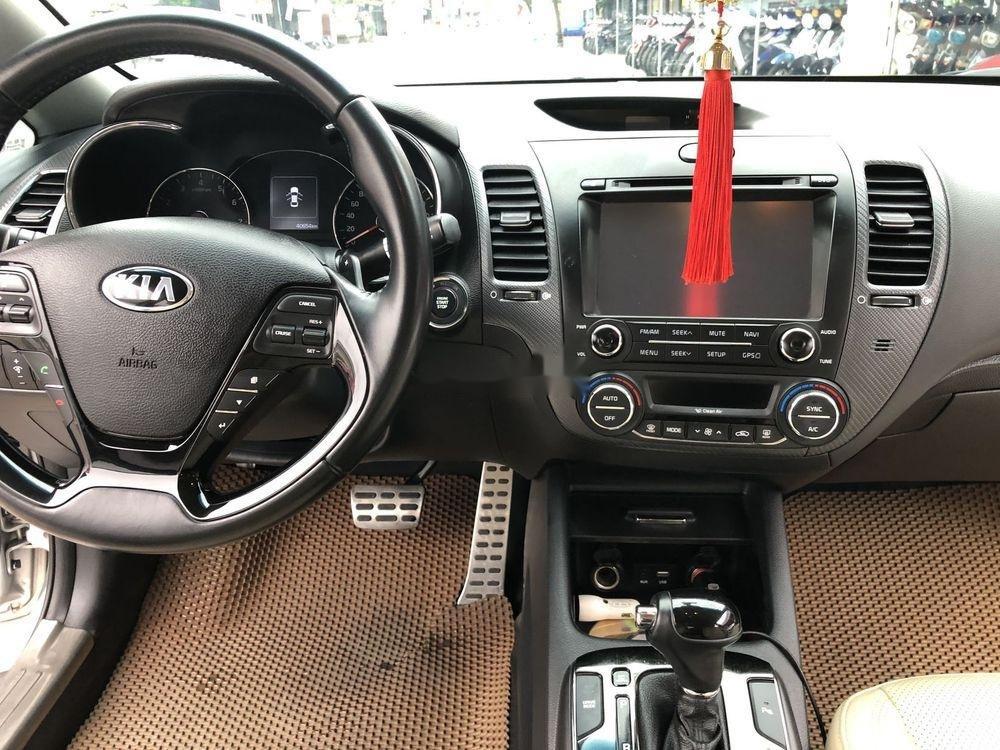 Cần bán gấp Kia Cerato 2016, màu bạc, xe nhập xe gia đình (7)
