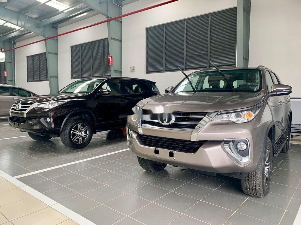 Bán Toyota Innova sản xuất năm 2019, giá chỉ 771 triệu (2)