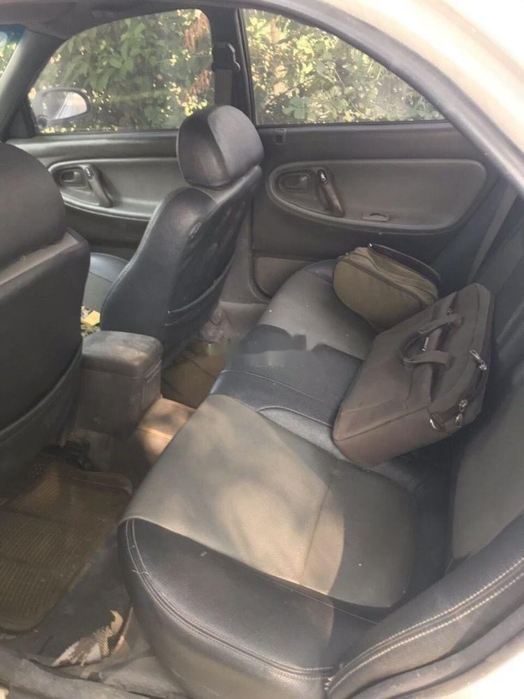 Cần bán Mazda 626 MT sản xuất năm 1987, màu trắng, xe nhập như mới (4)