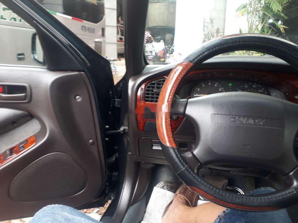 Cần bán gấp Toyota Camry đời 1996, màu đen, xe nhập chính chủ (6)
