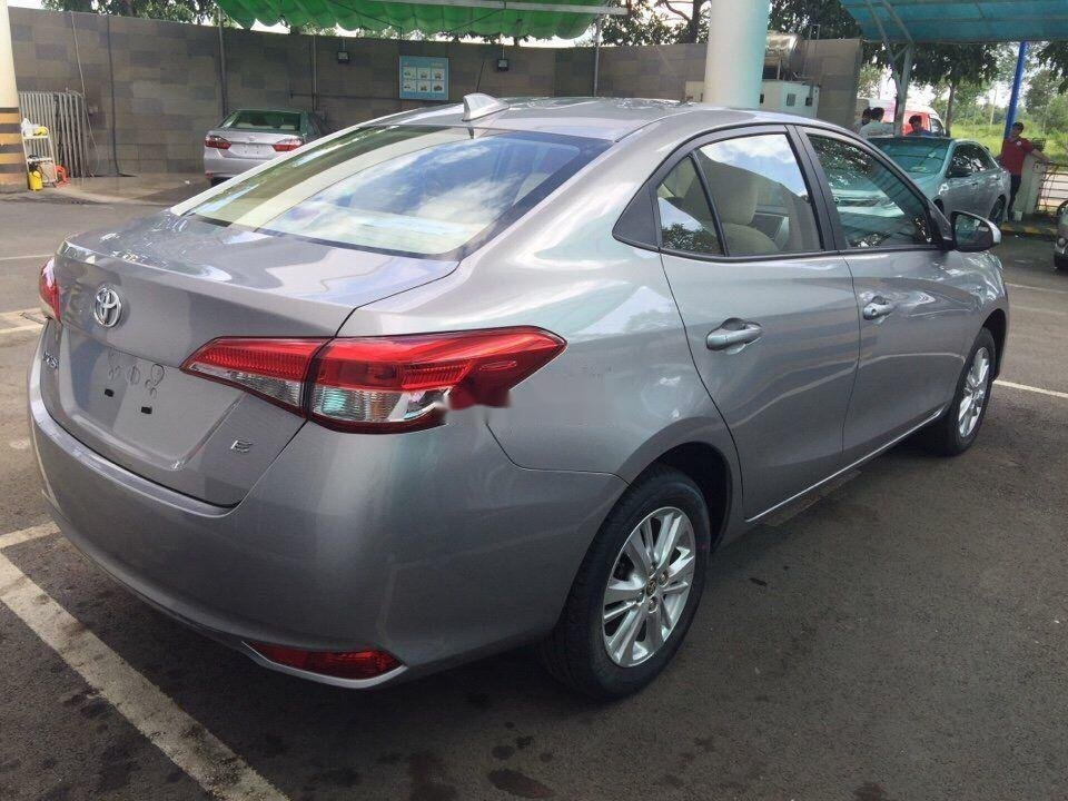 Cần bán Toyota Vios sản xuất 2019, giá ưu đãi (5)