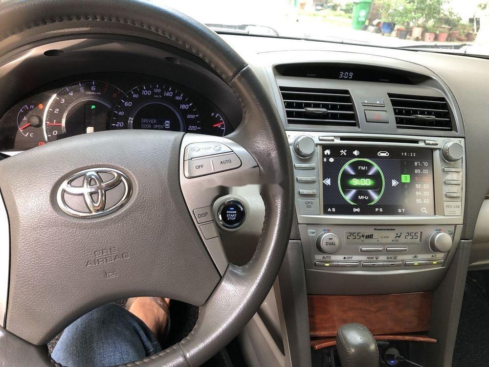 Cần bán Toyota Camry đời 2011 xe nguyên bản (10)