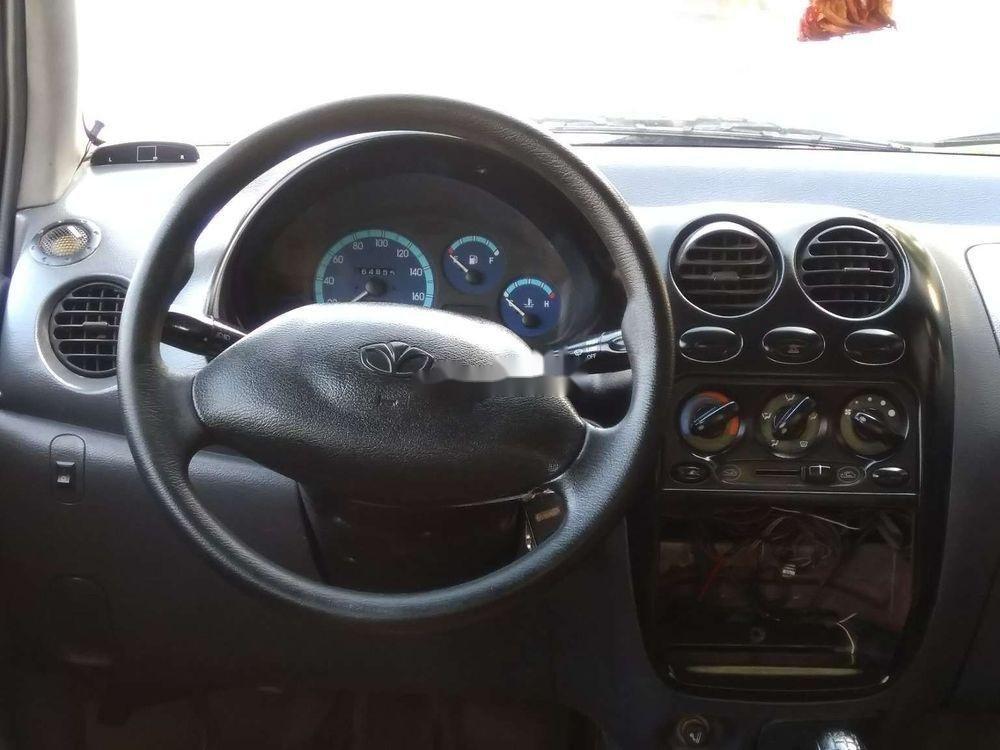 Cần bán Daewoo Matiz đời 2004, màu trắng xe gia đình xe nguyên bản (3)