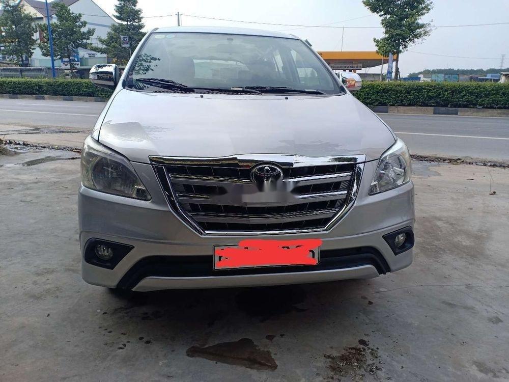 Bán Toyota Innova MT năm sản xuất 2014, màu bạc, nhập khẩu nguyên chiếc (1)