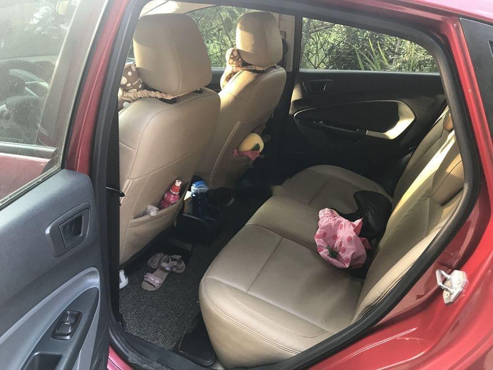 Cần bán Ford Fiesta 1.6AT năm sản xuất 2013, màu đỏ, giá 350tr (2)